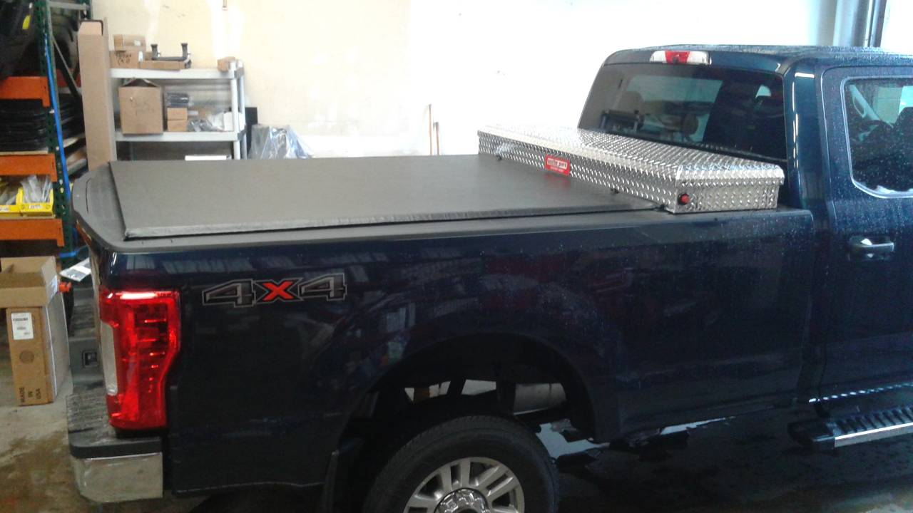 Photo Gallery Truck Logic Customer Photos Truxedo Lo Pro Tonneau Cover And Weather Guard Truck Tool Box On A Ford Super Duty